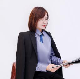 王红霞丨首席设计师
